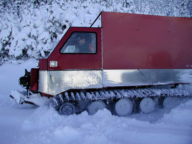 Tracked snow vehicle - SNOWTREK.org